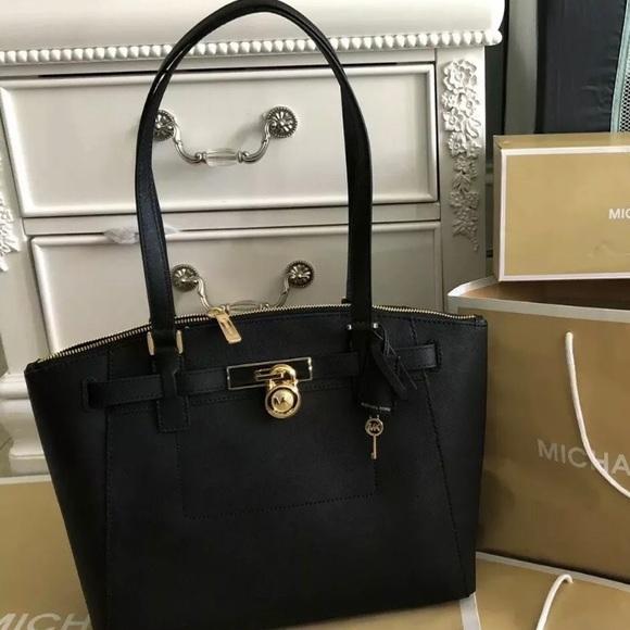 d606175701b8 Michael Kors Bags | 368 Lg Zip Satchel Mk Handbag Purse | Poshmark